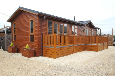 1 bedroom retirement property for sale - The Retreat, Southwold Lodge, St. Marys Lane, North Ockendon, Upminster, RM14