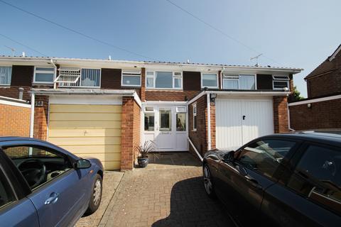 3 bedroom house to rent - Gladstone Road, Farnborough Village, BR6