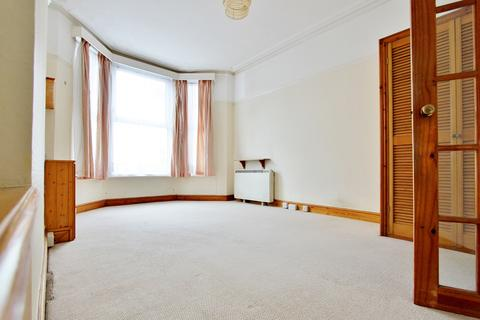 Studio for sale - Western Place, Worthing, BN11