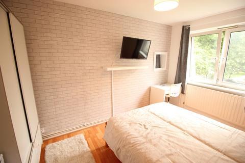 2 bedroom house share to rent - Brabner House, Wellington Row, London, E2