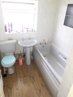 3 bedroom end of terrace house for sale - Domonion Road, Leicester LE3