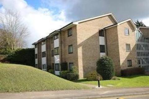 2 bedroom ground floor flat to rent - Clockhouse Road