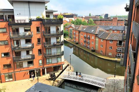 2 bedroom flat - Jutland House , Jutland Street, Manchester, M1 2BE