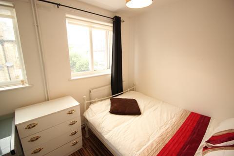 2 bedroom house share to rent - Woodseer Street, Brick Lane, E1