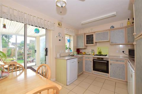 2 bedroom semi-detached house for sale - Macgregor Drive, Wickford, Essex