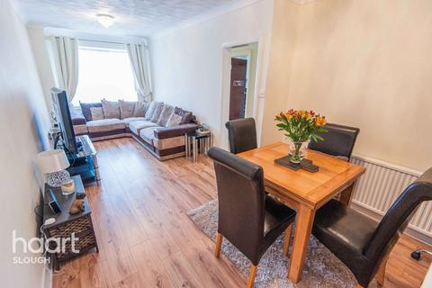 3 bedroom detached bungalow for sale - Faraday Road, Slough