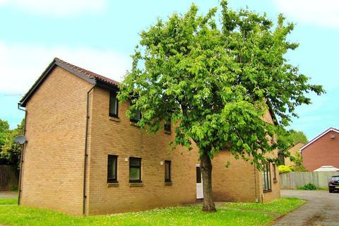 Studio to rent - Willow Grove, St Mellons, Cardiff, CF3 0LA