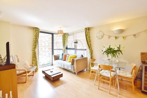 2 bedroom apartment to rent - Velocity North, City Walk