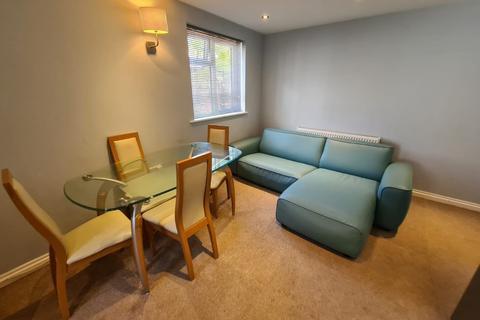 2 bedroom apartment to rent - Mount Grove, Edgware