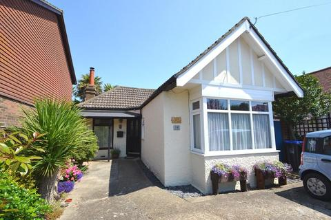 2 bedroom detached bungalow for sale - Franklin Road, Salvington, Wothing, BN13 2PG