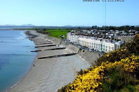 6 bedroom terraced house for sale - Marine Terrace, Criccieth, Gwynedd, LL52
