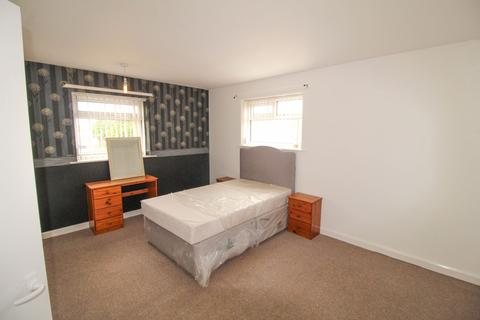 2 bedroom flat to rent - Merton Way, Ponteland, Newcastle upon Tyne, Northumberland, NE20 9PY