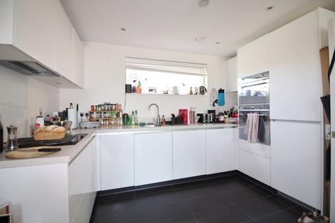 1 bedroom apartment to rent - Addenbrookes Road, Trumpington, Cambridge