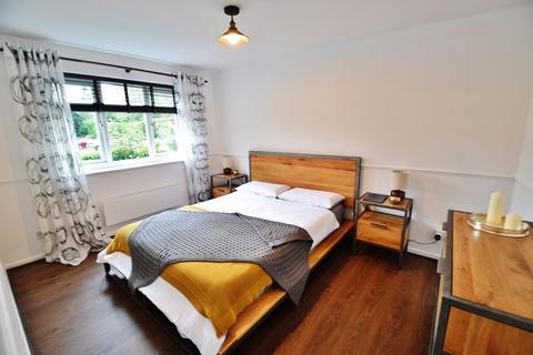 2 bedroom apartment for sale - Half Edge Lane, Manchester