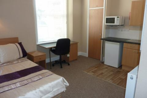 1 bedroom property to rent - Bowden Hall, Plymouth