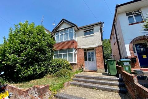 3 bedroom semi-detached house to rent - Norfolk Road, Southampton, SO15