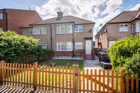 2 bedroom maisonette for sale - Lodge Road, Croydon, CR0