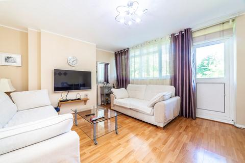 2 bedroom maisonette for sale - Bedwardine Road, London, SE19