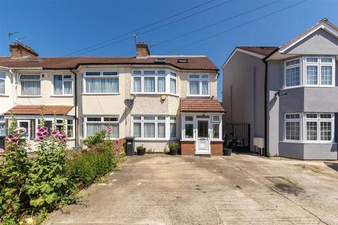 5 bedroom end of terrace house for sale - Vincent Road, Hounslow