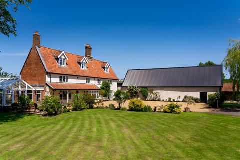 6 bedroom farm house for sale - West Farm, West Carr Road, NR17