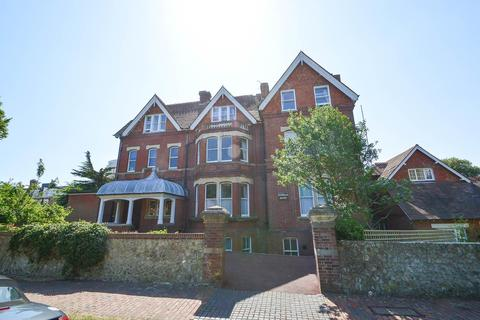 2 bedroom flat for sale - Buxton Road, Eastbourne