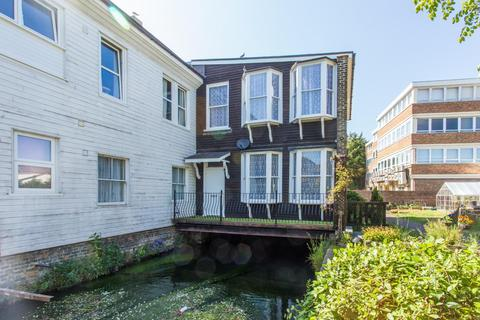 2 bedroom end of terrace house for sale - Goodfellow Way, Dover