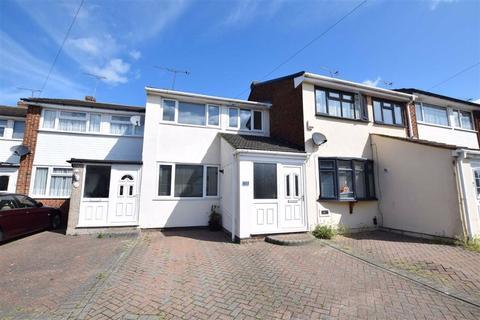 3 bedroom terraced house for sale - Brampton Close, Corringham, Essex