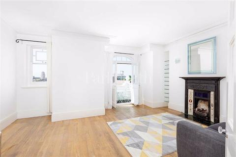 3 bedroom flat for sale - Smyrna Road, West Hampstead, London