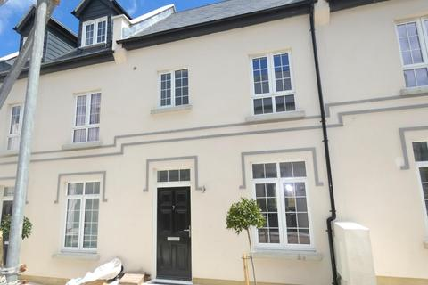 2 bedroom terraced house to rent - West Cliff Road, Ramsgate