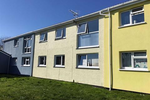 3 bedroom terraced house - Baywood Avenue, Westcross, Swansea