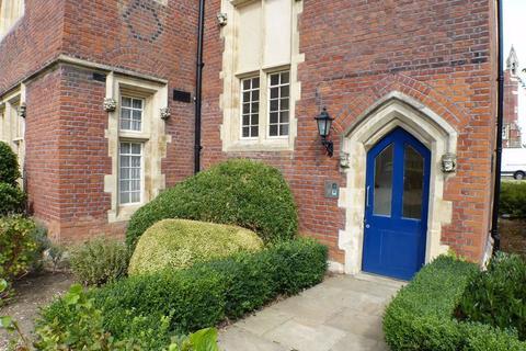 3 bedroom apartment to rent - Brunswick Court, Brentwood, Essex