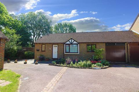 2 bedroom detached house for sale - Homestead, Singleton, Ashford, TN23 4PX