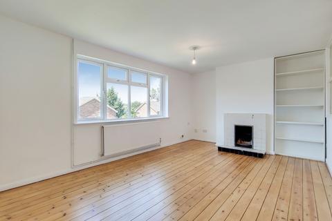 3 bedroom maisonette for sale - Haldane Close, London, N10