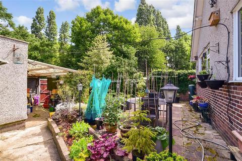 3 bedroom detached bungalow for sale - Penn Lane, Bexley, Kent