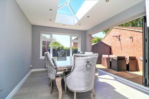 3 bedroom detached house for sale - Adelaide Close, Waddington, Waddington, Lincoln