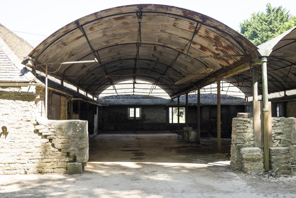 Chittlegrove Farm, Rendcomb 147