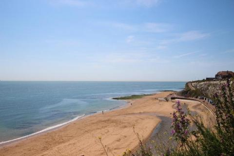 2 bedroom house to rent - KS1621 - 2 bedroom ground floor flat with sea views - Sought after location - Broadstairs - £750.00 pcm