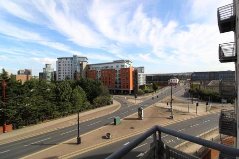 2 bedroom apartment to rent - BALMORAL PLACE, LEEDS WEST YORKSHIRE.  LS10 1HR