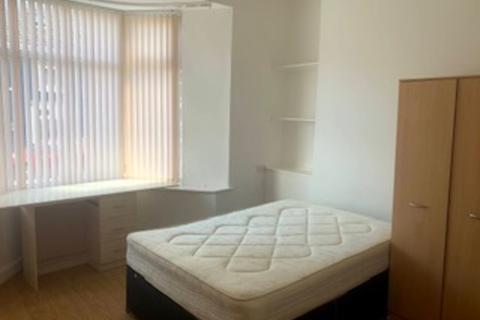 6 bedroom terraced house to rent - 15 Westbury Street