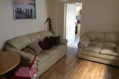 5 bedroom terraced house to rent - 12 Marlborough Road