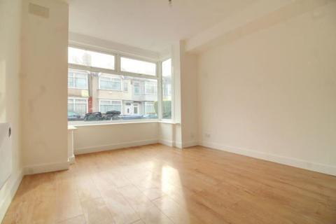 Studio for sale - Winchester Road, London, London, N9 9EY