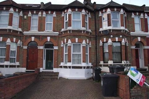 5 bedroom house share to rent - Clarendon Road E11