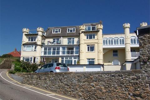 2 bedroom flat for sale - Castle Hill, Seaton, Devon
