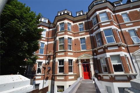 2 bedroom flat for sale - 21 Jevington Gardens, Eastbourne, East Sussex, GB
