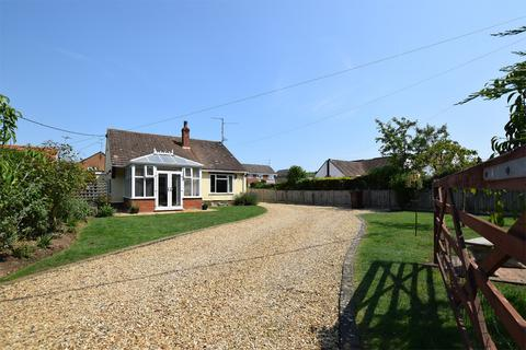 3 bedroom detached bungalow for sale - Sandy Lane, South Wootton