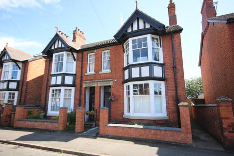 3 bedroom semi-detached house for sale - Craven Street, Melton Mowbray