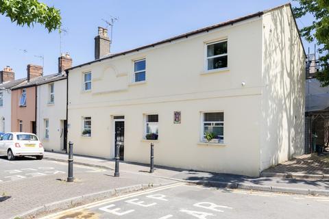 3 bedroom apartment for sale - Sherborne Street, Cheltenham GL52 2JY