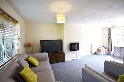 3 bedroom terraced house to rent - Fielden Place, Bracknell, Berkshire, RG12