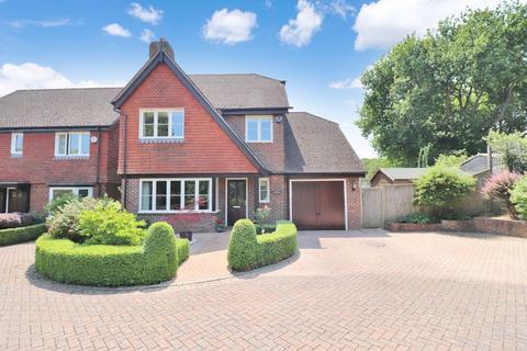 4 bedroom detached house for sale - Folders Gardens, Burgess Hill, West Sussex