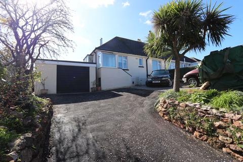 5 bedroom semi-detached bungalow for sale - Shiphay